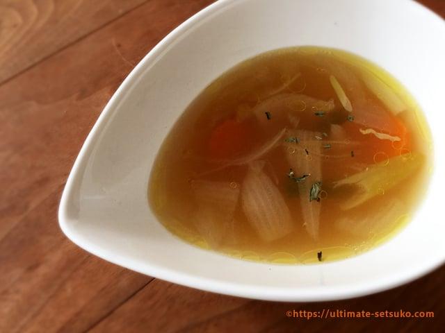 チキンブロスの基本の使い方はスープ料理がおすすめ