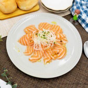 コストコで買ったサーモンフィレ×たっぷりたまねぎ酢でお手軽「カルパッチョ」作り!