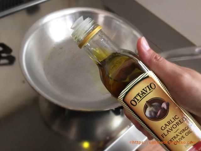 ガーリックフレーバーオイルで作るペペロンチーノ